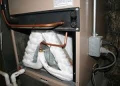 Frozen pipes in air conditioner